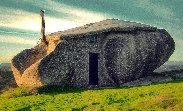 5 Amazing Underground House Design That Actually Exists!