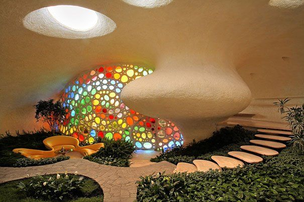 giant seashell house design