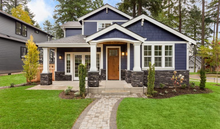 15+ Photos of Traditional Home Exteriors for Your Dream Home