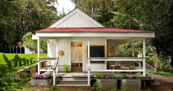 12+ Budget-Friendly Tiny Cottages And Log Cabin Ideas