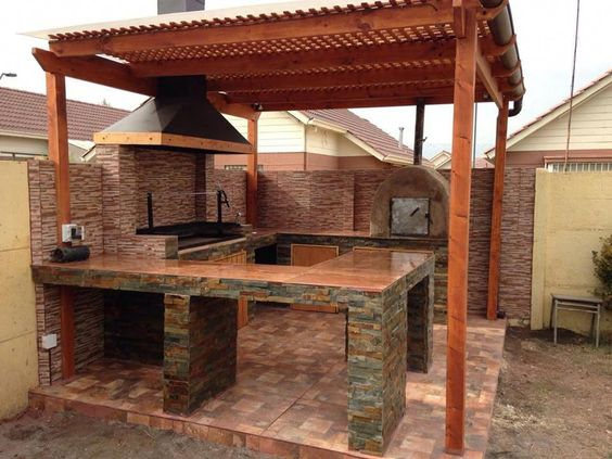 Outdoor Kitchens 1