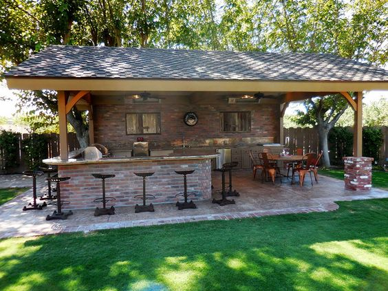 Outdoor Kitchens 13