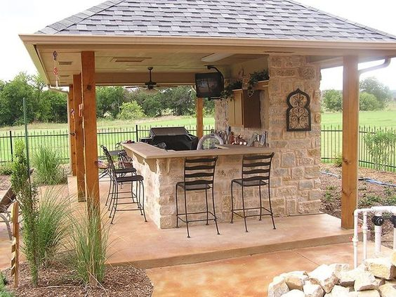 Outdoor Kitchens 4