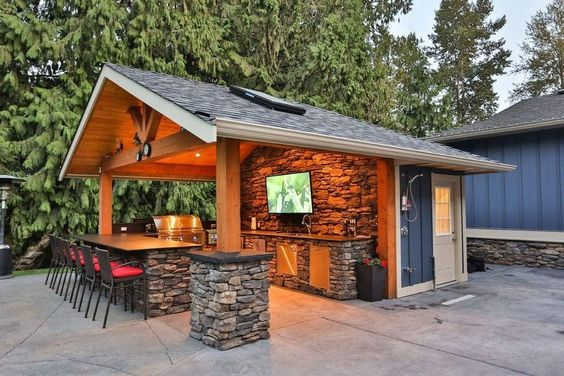 Outdoor Kitchens 7