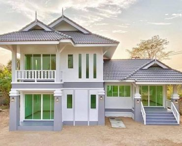 Split-Level Thai Style House with 3 Bedrooms & 4 Bathrooms