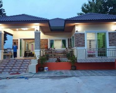 Large Dream House with U-Shaped Design, 3 Bedrooms
