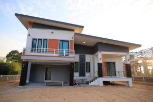 2-Story House with Superb DesigN