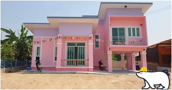 Stylish 2-Story Pink House with Carport, 3 Beautiful Bedrooms